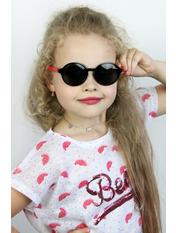 Солнцезащитные детские очки Дейзи Общая ширина 11.0(см)/ Высота линзы 4.5(см)/ Ширина линзы 5.0(см) Черный Черный