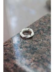 Кольцо Джуди 17,5 Молочный